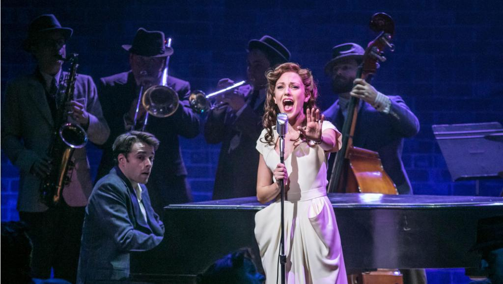 laura osnes bandstand